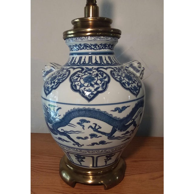 1960s Paul Hanson Blue & White Chinoiserie Dragon Porcelain Table Lamps - A Pair For Sale In Los Angeles - Image 6 of 12
