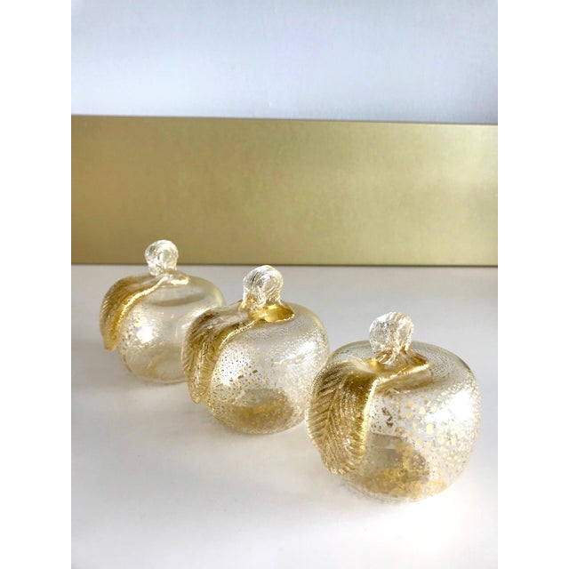 Set of Three Seguso Murano Glass Apples With Gold Flecks For Sale - Image 11 of 11