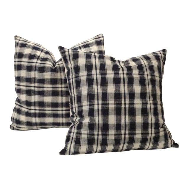 Pair of 19thc Blue & White Homespun Woven Linen Pillows For Sale