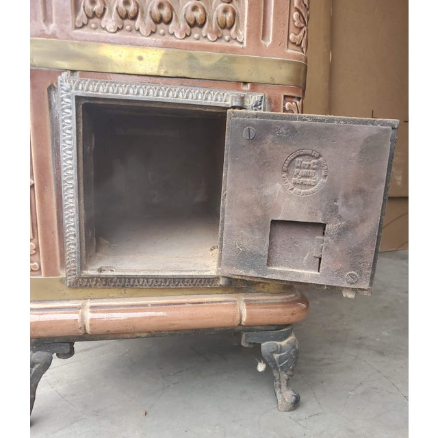 Metal 19th Century French Sarreguemines Ceramic Tile Heating Stove For Sale - Image 7 of 12