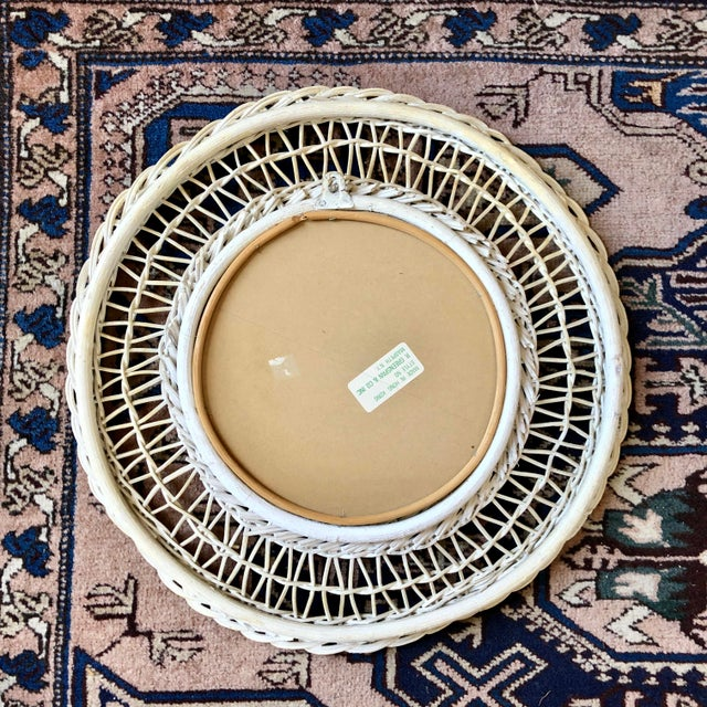 Vintage White Wicker Round Wall Mirror For Sale In Buffalo - Image 6 of 11