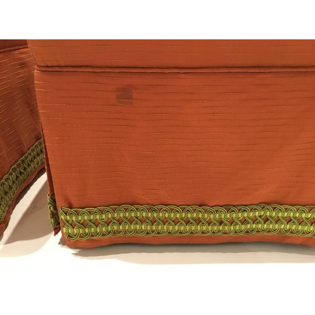 Traditional Traditional Custom Peach Ottomans With Decorative Green Band Pair For Sale - Image 3 of 6