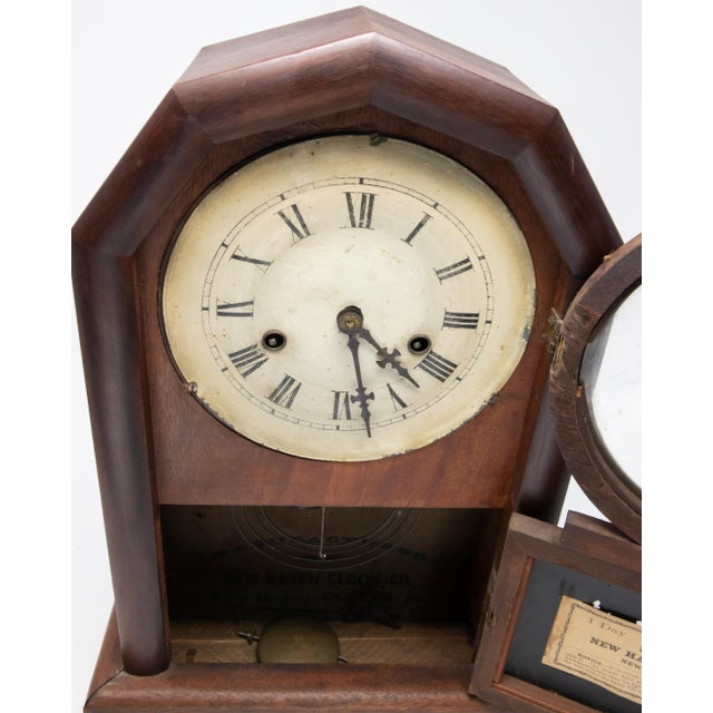 Traditional New Haven Clock Co. Mantle Clock For Sale - Image 3 of 12