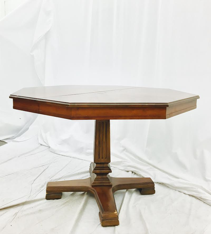 Country Vintage Pedestal Table By Drexel Furniture For Sale   Image 3 Of 6