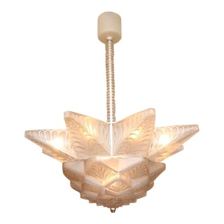 "René Lalique Art Deco Chandelier ""Stockholm I"" For Sale"