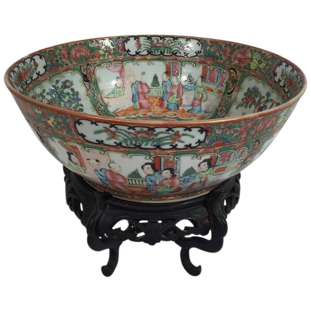 19th Century Asian Antique Rose Medallion Bowl on Stand For Sale