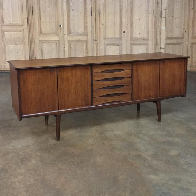 Mid-Century Modern Mahogany Low Buffet For Sale - Image 13 of 13