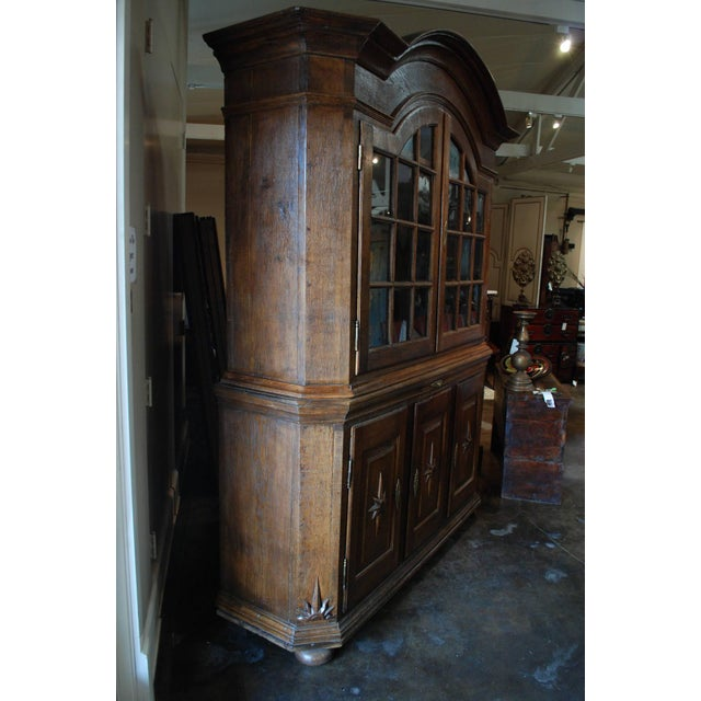 18th Century Baroque Dutch Display Cabinet For Sale - Image 4 of 7