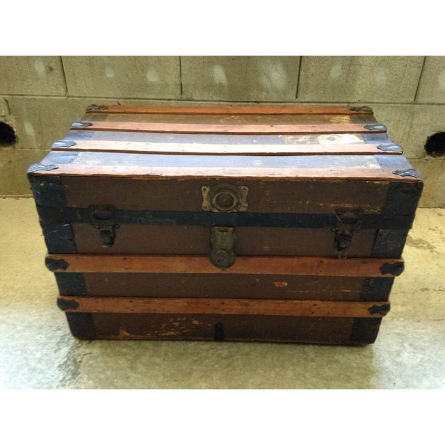 Rustic Antique Wells Fargo Stage Coach Trunk For Sale - Image 3 of 9