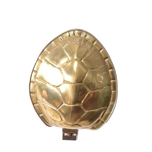 Metal Chapman Polished Brass & White Enamel Tortoise Shell Sconce, Wall Light, Usa 70s For Sale - Image 7 of 13
