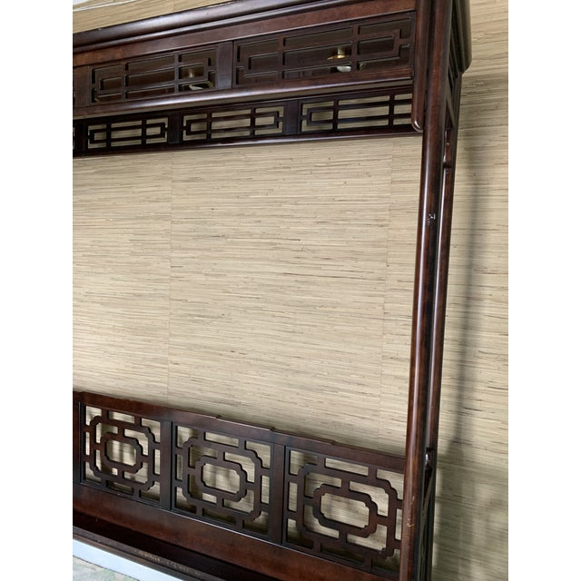 Asian Vintage Chippendale Ming King Bedframe For Sale - Image 3 of 11