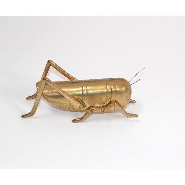 1970s Italian Mid-Century Modern Brass Grasshopper Sculpture, Animal Sculpture 1970 For Sale - Image 5 of 9
