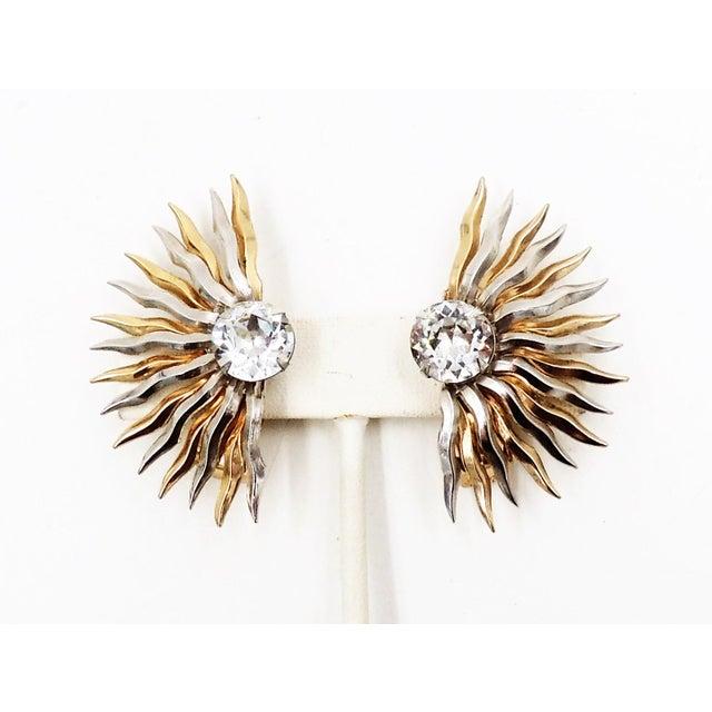 Mid-Century Modern 1950s Napier Sunburst Rhinestone Earrings For Sale - Image 3 of 10