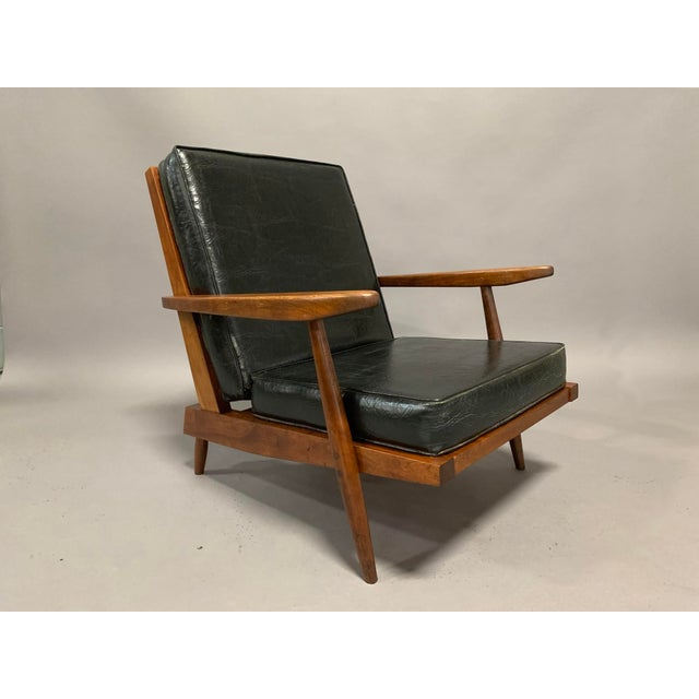 George Nakashima Pair of Spindle Back Lounge Chairs For Sale In Boston - Image 6 of 13