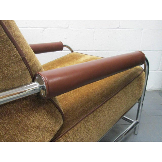 Streamline Chrome Lounge Chair For Sale - Image 4 of 6