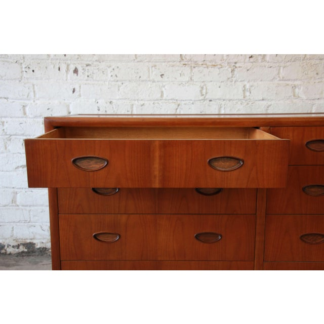 Michael Taylor for Baker New World Collection Eight-Drawer Dresser or Chest For Sale - Image 10 of 11