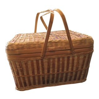 Vintage Wicker Picnic Basket For Sale