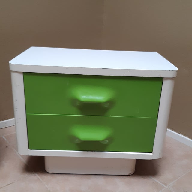 Mid-Century Modern Space Age Modern Series Chaster Dresser Set by Broyhill Premier-a Pair For Sale - Image 3 of 13