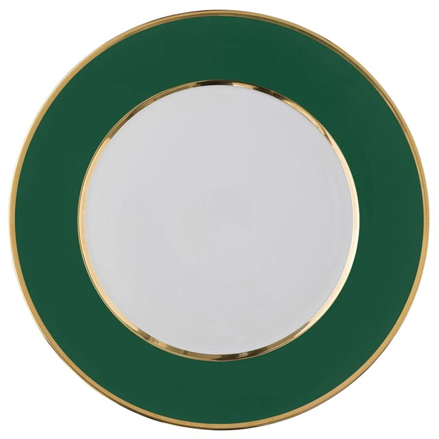 """""""Schubert"""" Charger in Emerald Green & Narrow Gold Rim For Sale"""