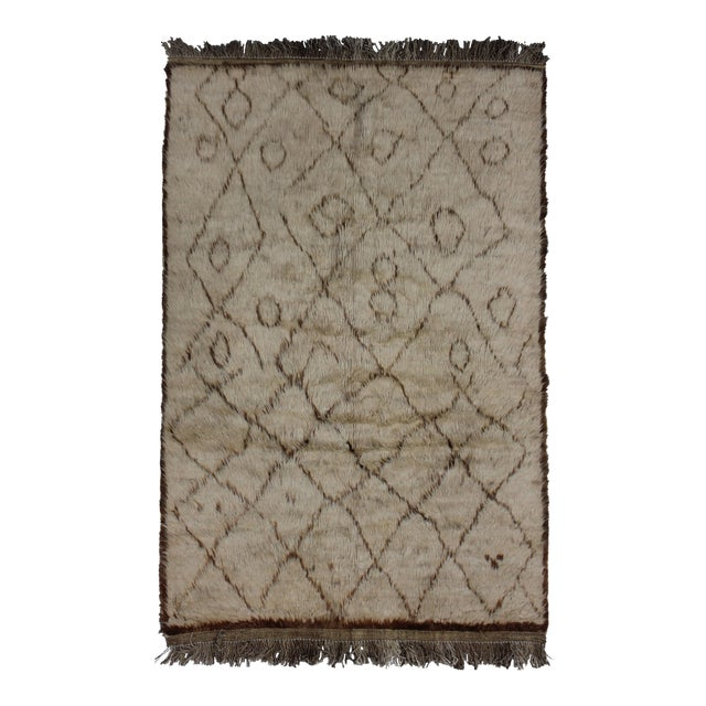 Hand Knotted Shag Area Rug - 3′9″ × 5′6″ For Sale