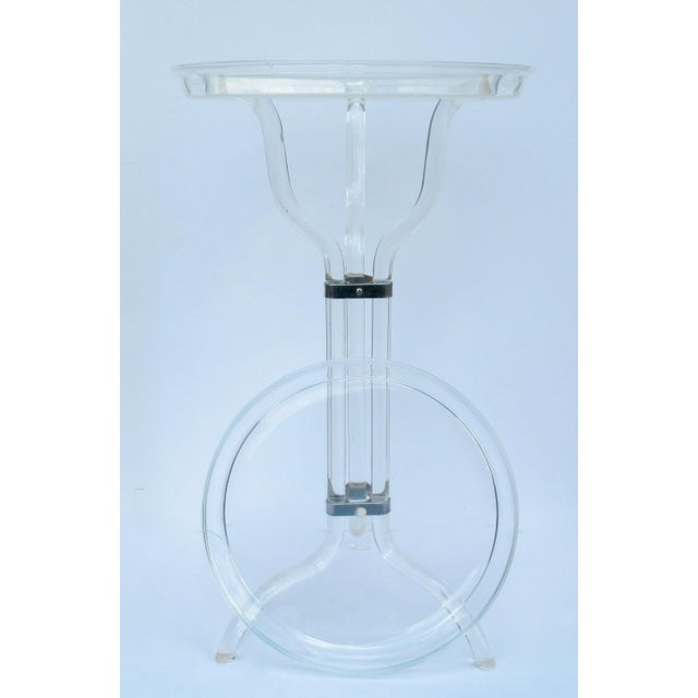 1960s Dorothy Thorpe Lucite Server Stand With Server Platter & Insert - 3 Pieces For Sale - Image 5 of 13