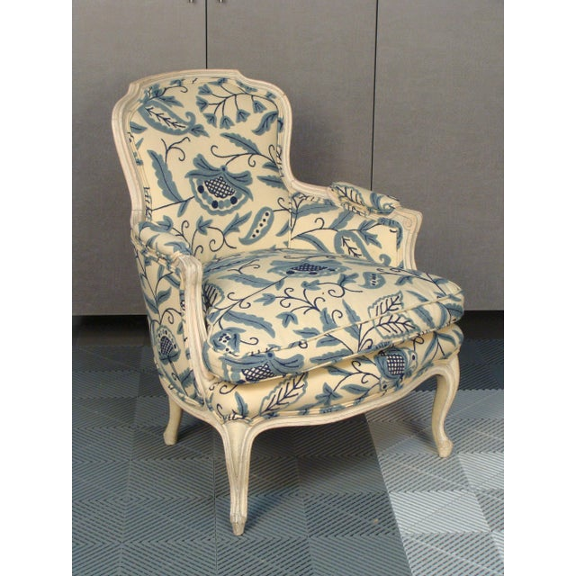 French Louis XV Style Bergere Chairs - A Pair - Image 3 of 8