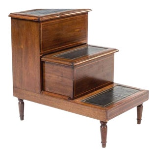 Handsome English Regency Style Mahogany Library/bed Steps Great as Side Table