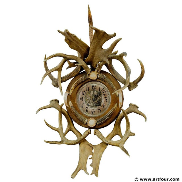 Early 20th Century Antique Cabin Decor Antler Wall Clock 1900 For Sale - Image 5 of 5