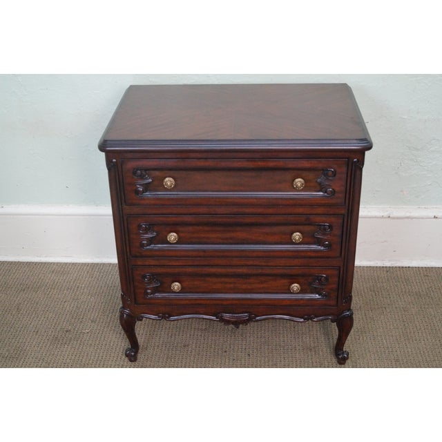 French Louis XV Style Mahogany Nightstands - A Pair - Image 6 of 8