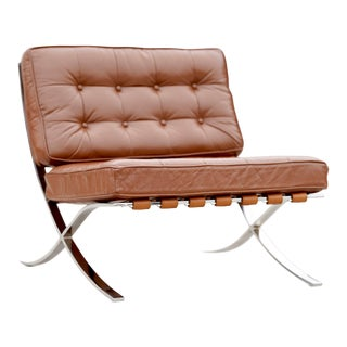 Mid Century Knoll Style Barcelona Chrome and Leather Chair For Sale