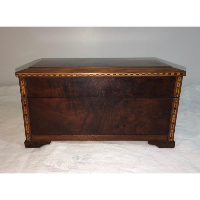 Vintage Burl Oak Gentleman's Trinket Box - Image 2 of 6