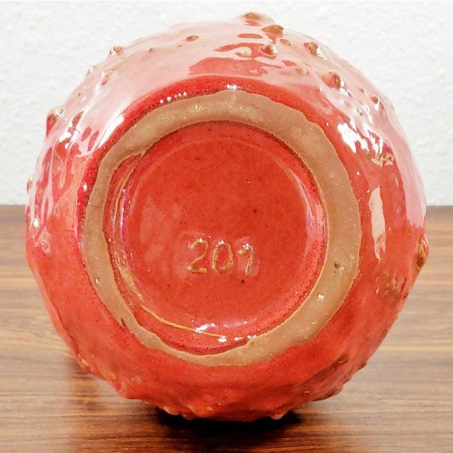 "1960s Kreutz Keramik Red/Black Fat-Lava Jug Vase 201 (9.3"") For Sale - Image 10 of 12"