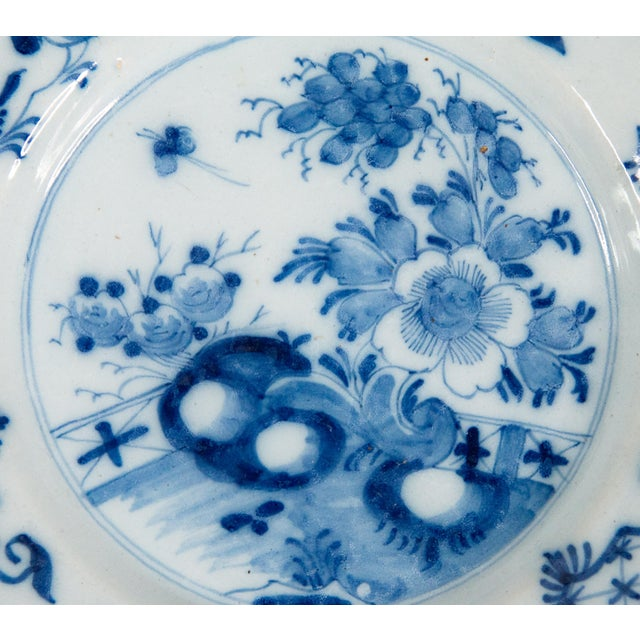 Mid 18th Century Antique 18th-Century Delft Dutch Chinoiserie Floral Plate For Sale - Image 5 of 8
