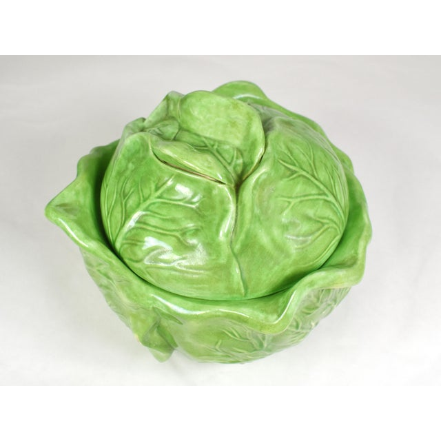 Mid-Century Holland Mold Ceramic Lettuce or Cabbage Serving Bowl With Lid For Sale - Image 4 of 12
