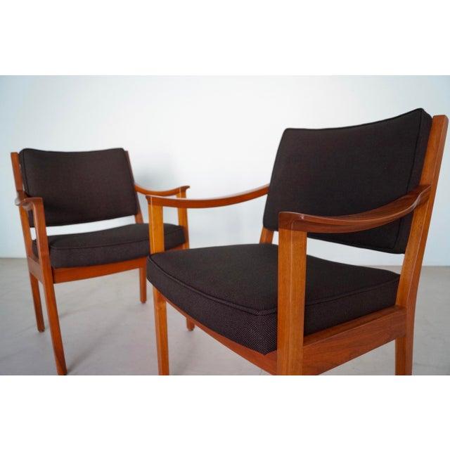 Walnut Gunlocke Mid-Century Modern Walnut Armchairs - A Pair For Sale - Image 7 of 13