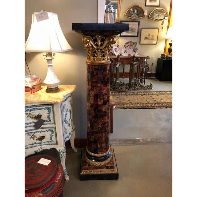 1900s Louis XV Gilt Corinthian and Verified Tortoise Shell Pedestals - a Pair For Sale - Image 4 of 11