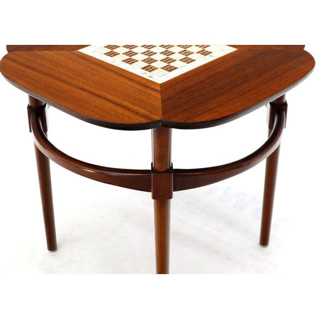Mid-Century Modern Pair of Clover Shape Tile and Walnut Top Round End Side Occasional Tables For Sale - Image 3 of 13