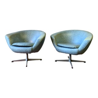 Pair - Mid Century Modern Overman Pod Lounge Chairs For Sale