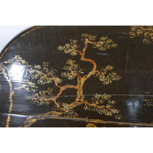 Black Hand-Painted and Lacquered Wedding Box with Flowers from, China, 19th Century For Sale - Image 8 of 10