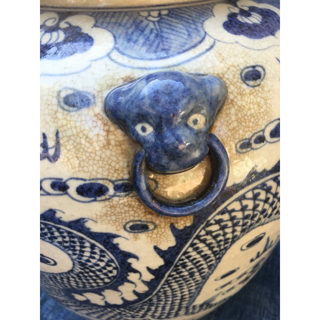 Chinese Foo Dog/Dragon Lidded Urn For Sale In Los Angeles - Image 6 of 9
