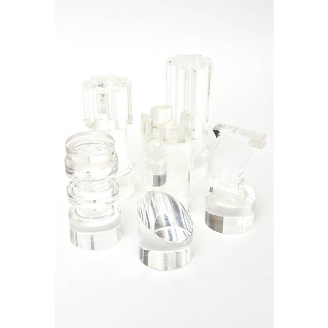French Renee Dumas Vintage Lucite Sculptural Chess Players For Sale In Miami - Image 6 of 11