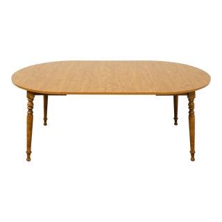 Vintage Ethan Allen Heirloom Nutmeg Maple Dining Table For Sale