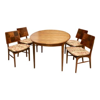 Mid-Century Dining Table With 4 Chairs by Heritage For Sale