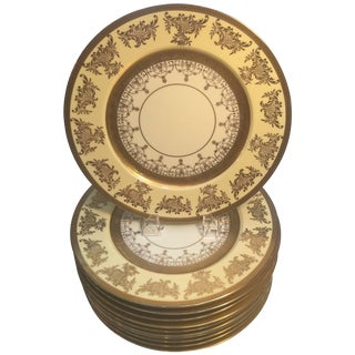 Set of 12 Service Dinner Plates with Vanilla and Gilt Borders For Sale
