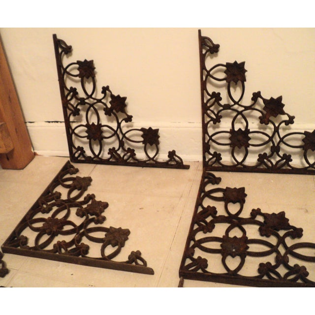 Old Fashioned Architectural Elements Wall Decor Image Collection ...