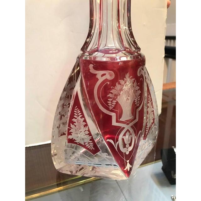 1920s Edwardian Violet Engraved Glass Decanter For Sale - Image 4 of 7