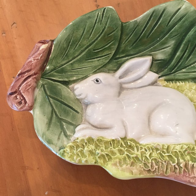 A hand painted Majolica Italian bunny dish. Darling piece. Plate/bowl Great detail Italian Majolica