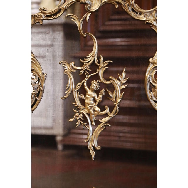 Late 19th Century 19th Century French Louis XV Bronze Doré Fireplace Screen With Cherub Motif For Sale - Image 5 of 9