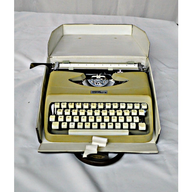 Italian Typewriter With Portable Case - Image 9 of 10