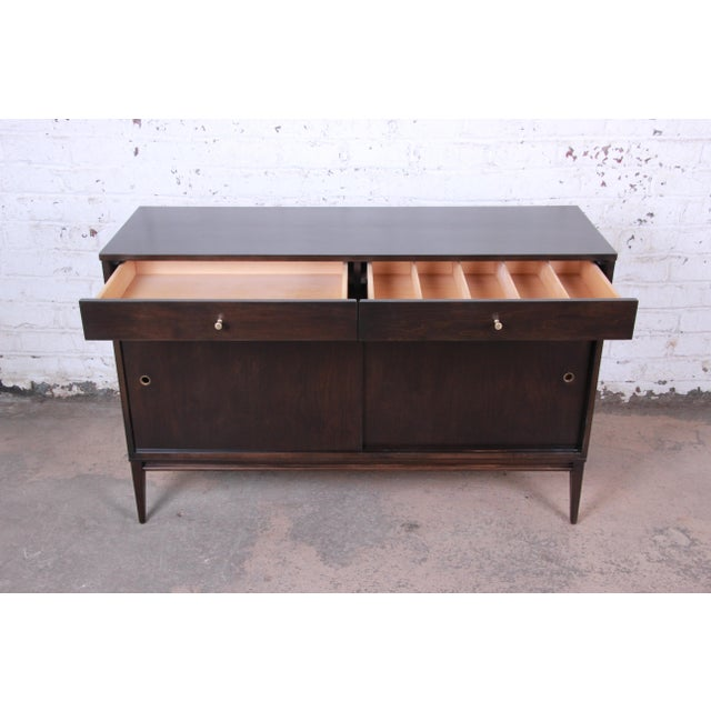 Gold Paul McCobb Planner Group Sliding Door Sideboard Credenza or Record Cabinet For Sale - Image 8 of 13